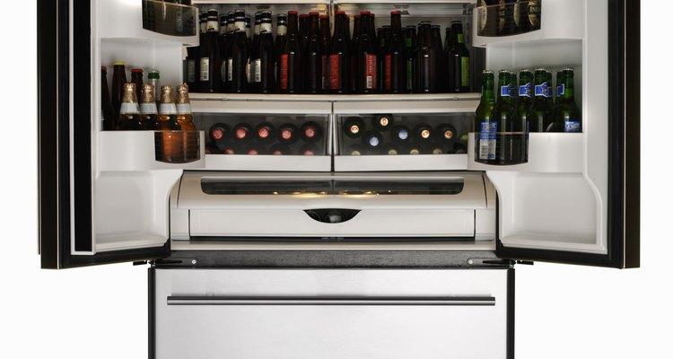 Hay varios motivos por los que puede no funcionar la luz de tu refrigerador.