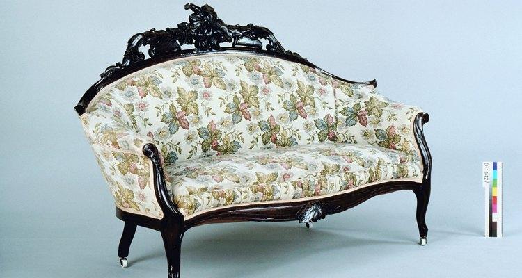 Los sillones que no tienen cojines removibles requieren de una consideración especial.