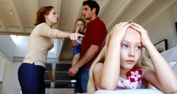 Actuando irrespetuosamente delante de los niños estableces un mal ejemplo.
