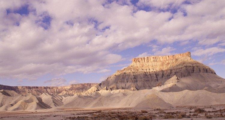 Un desierto es típico de un clima frío.