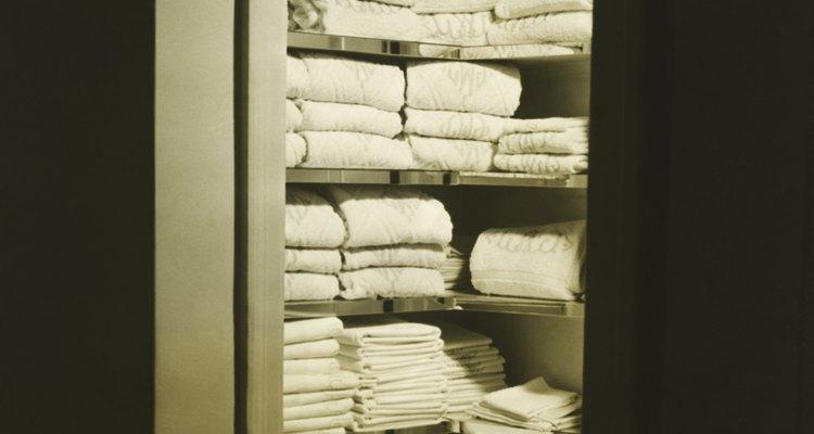 Los bajos niveles de humedad ayudan a prevenir los olores en las mantas y edredones.