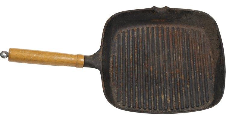 A gordura queimada pode grudar em panelas de ferro