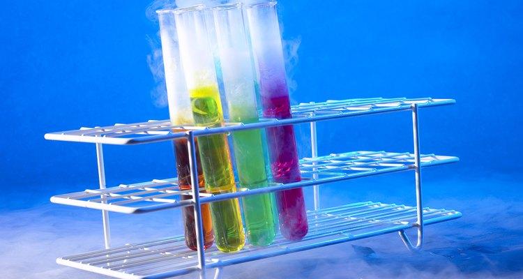 As reações química também podem ser feitas em casa