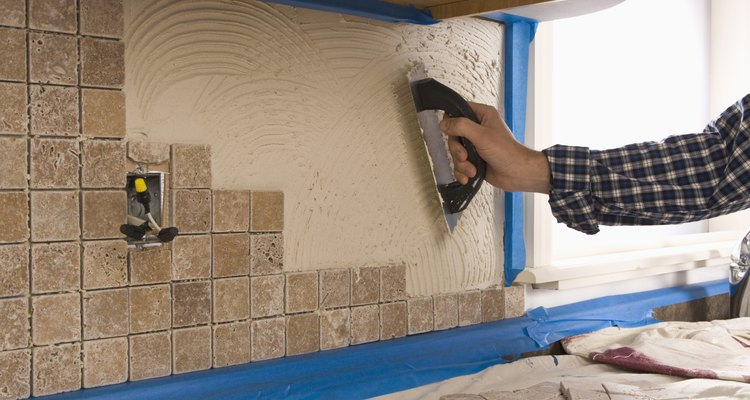 Após a limpeza, os azulejos podem ser reutilizados