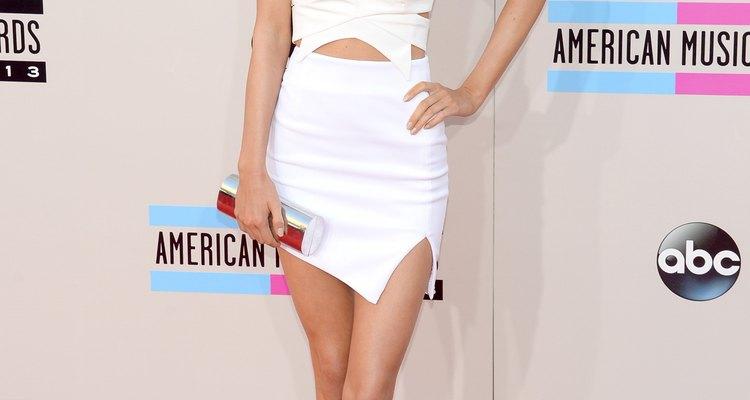 Kendall Jenner usando minissaia