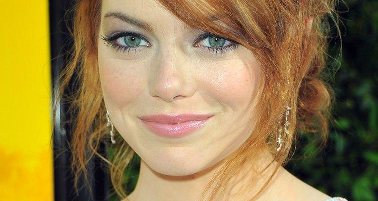 Emma Stone, na premiere de 9 de agosto de 2011, estava com sobrancelhas perfeitamente delineadas