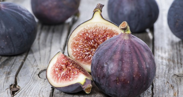 Portion of fresh Figs