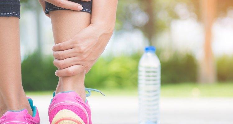 Causas de la hinchazón de una sola pierna con dolor