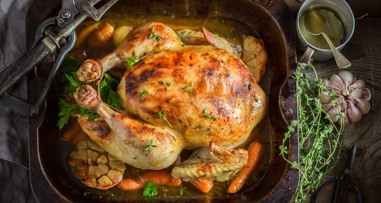 Crispy roasted chicken with thyme and garlic