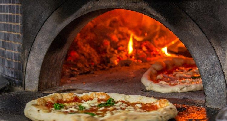 pizza oven in Napoli