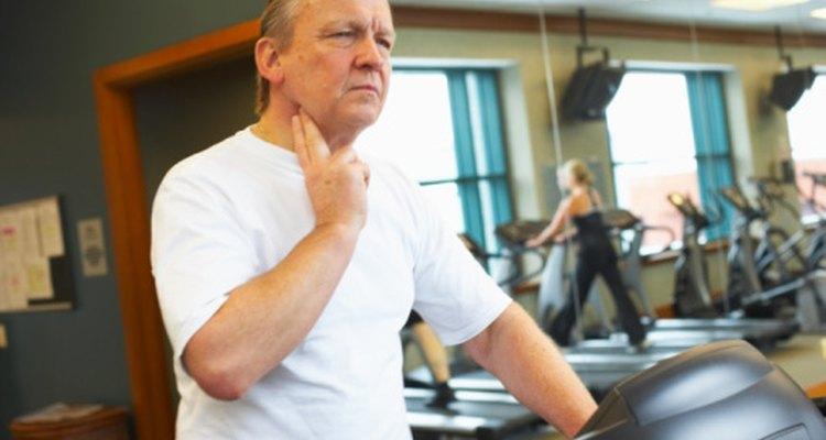 Hacer ejercicio a un ritmo constante durante un período prolongado de tiempo hará que la frecuencia cardíaca aumente.