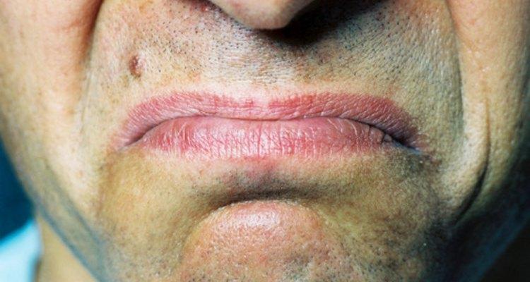 Algunas gotas para los ojos dejan un sabor feo en tu boca.