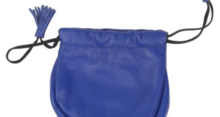 The ankle of your hakama is similar to a drawstring purse.