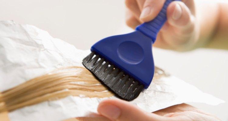 Ten cuidado con el tinte de pelo, ¡puede manchar tus manos!
