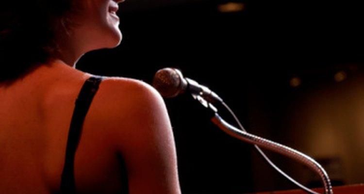 Pronunciar un discurso en una gala puede generar nervios.