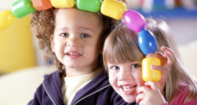 Los niños en preescolar siguen un patrón y son capaces de repetirlo.