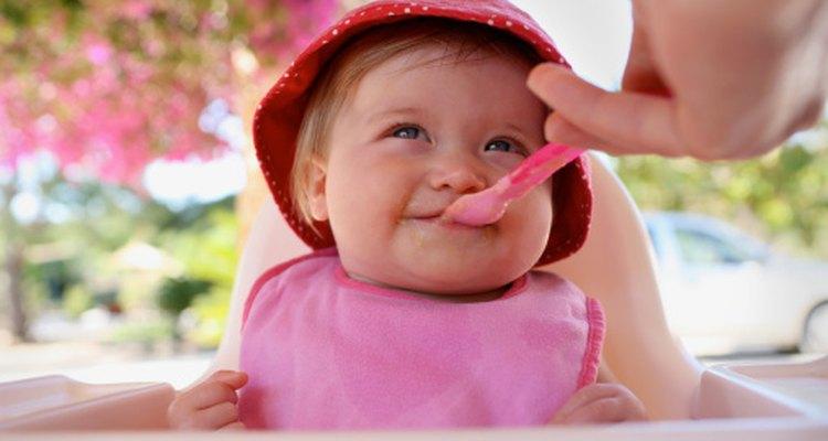 El peso de un bebé es el factor decisivo para la ingesta de calorías.