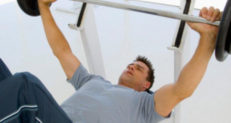 Las prensas de banco pueden empeorar los síntomas de una hernia hiatal.