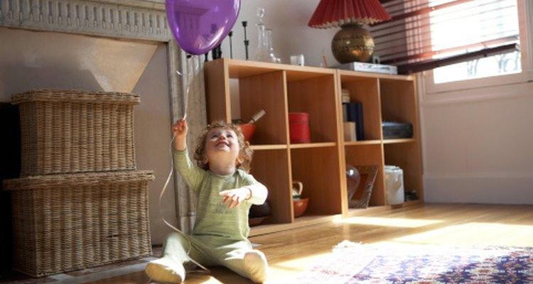 Los globos son una forma barata y fácil de incorporar a la imaginación y a la diversión.