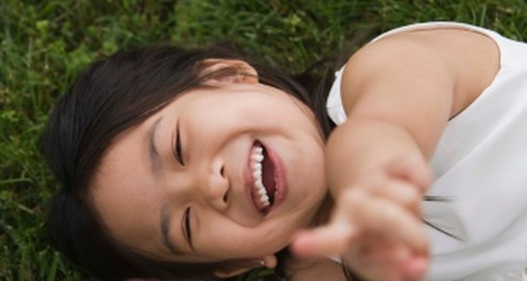 Enseñar valores a los niños les ayuda a construir cimientos para el futuro.