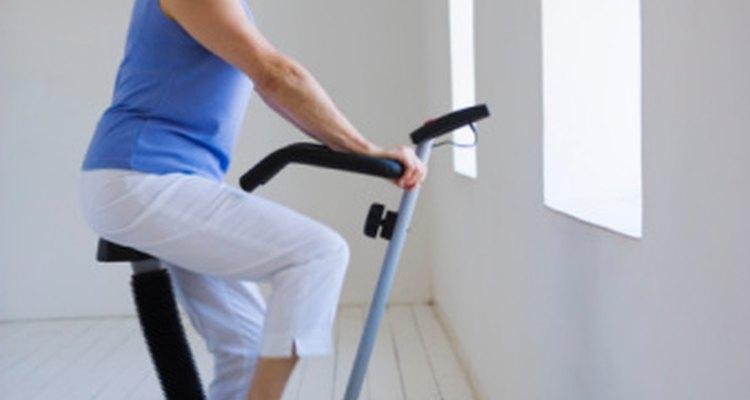 La bicicleta estacionaria puede ser parte de tu programa de recuperación.