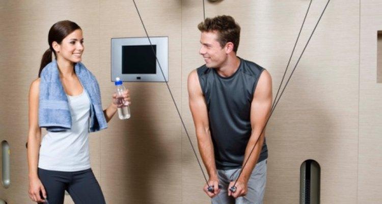 El ejercicio se debe evitar por lo menos una o dos semanas después de una apendicectomía.
