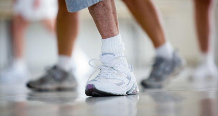 Todos los zapatos para correr se ven cómodos, pero los nuevos muchas veces rozan los huesos de tus tobillos.