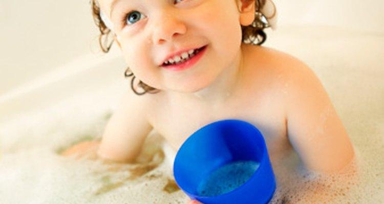 Los niños incluso aprender mientras juegan en la bañera.