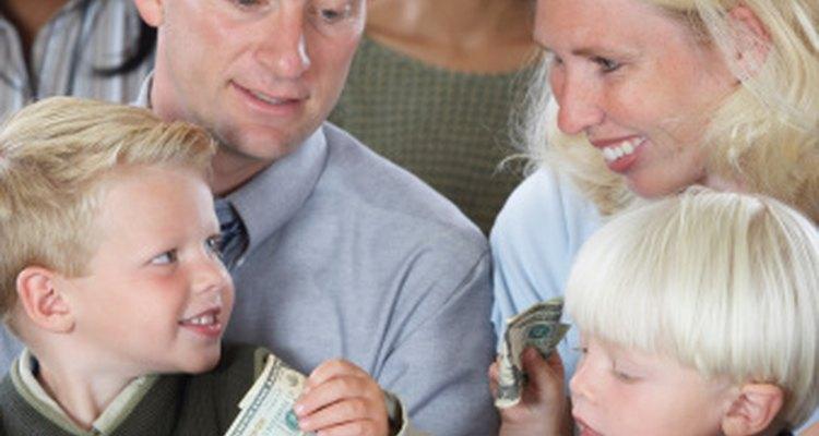 Los jóvenes pueden buscar una forma más original para recolectar una ofrenda.