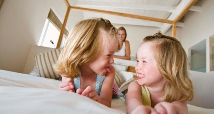 Los preescolares están empezando a aprender a confiar en los demás, y la confianza es la base de todas las relaciones saludables.