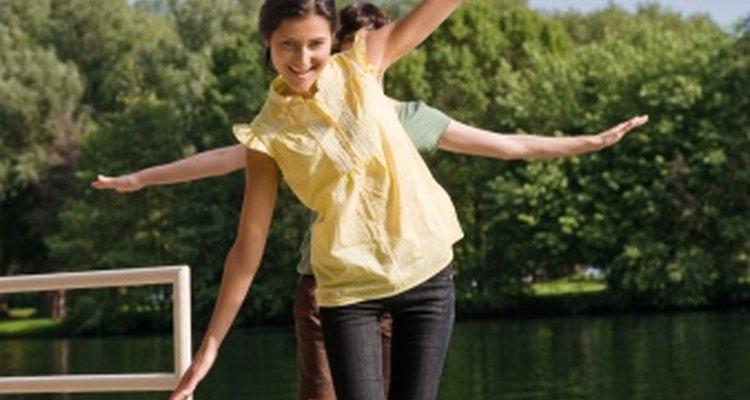 El balance - en la dieta, el sueño y el funcionamiento emocional - contribuye a tu salud hormonal.