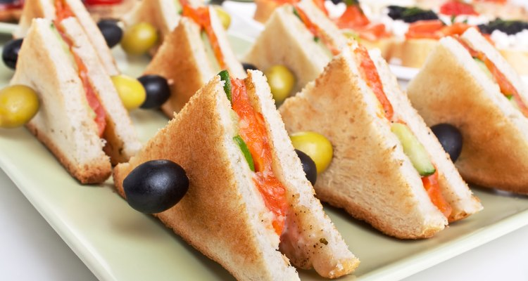 club sandwiches with salmon