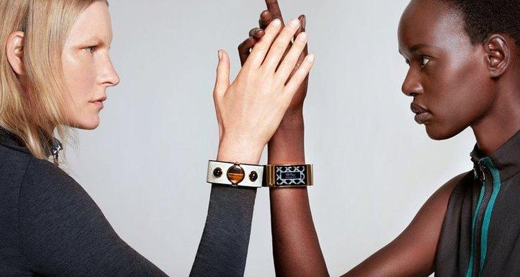 La moda y la tecnología se combinan en esta pulsera.