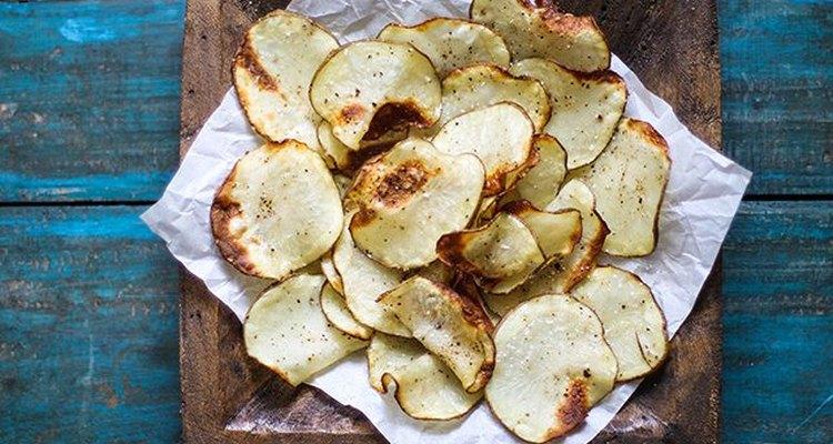 Cómo hacer papas fritas saludables y crujientes.