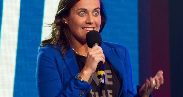 Natalia Valdebenito, una comediante chilena, referente del Stand Up