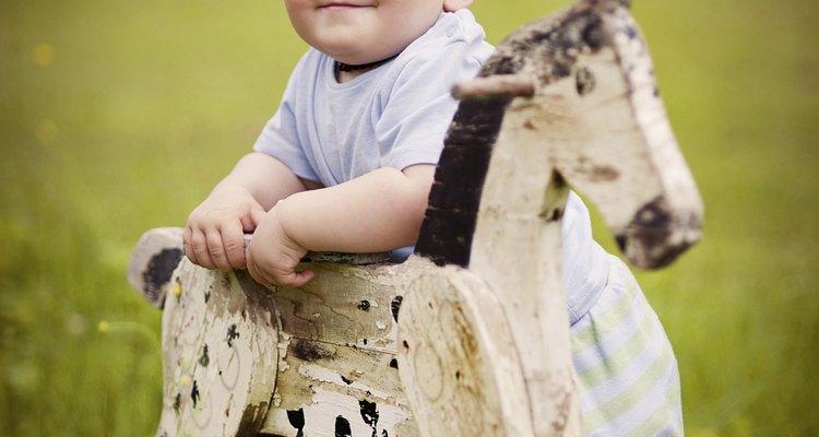 Coloque música para estimular seu filho a seguir um ritmo