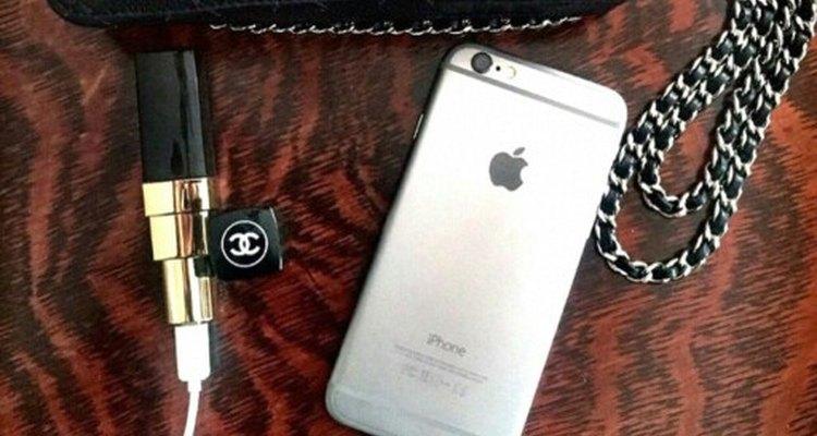 Este accesorio tecnológico te permite cargar tu teléfono con estilo.