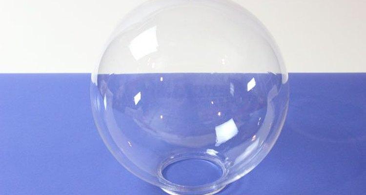 Escoge el globo transparente.