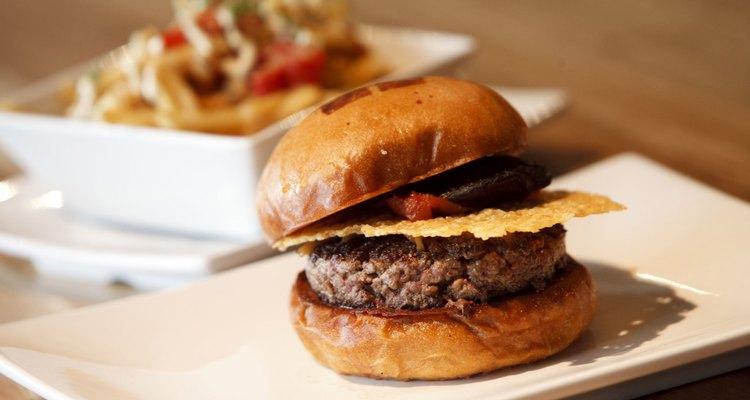 La Umami Burger es una hamburguesa que te devolverá el alma al cuerpo.