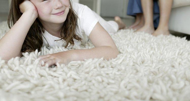 Las alfombras ayudan a mantener la temperatura de la habitación.