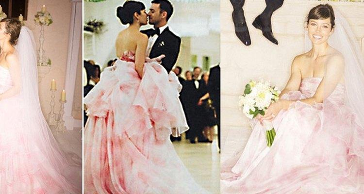 Las novias que buscan un poco de color para su boda pueden basarse en el hermoso vestido de Jessica Biel.