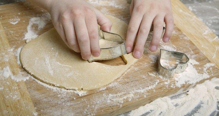Com criatividade, você pode usar qualquer coisa para moldar seus biscoitos