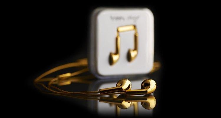 Estos audífonos son un accesorio que luce como una joya.