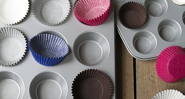 The Best Cake and Cupcake Tools and Equipment You Need | eHow