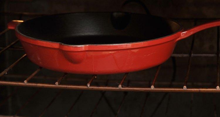 Calienta la plancha en el horno.