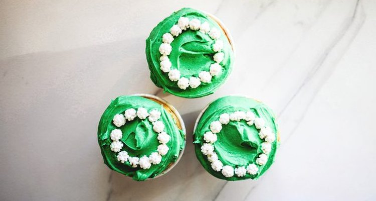 Cupcakes with green frosting.