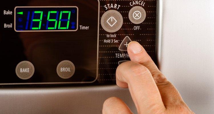 Pré-aqueça o forno a 175º C