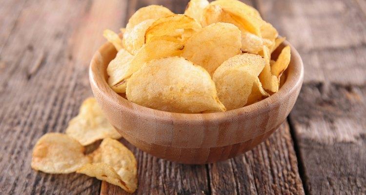Alimentos de origem vegetal também podem ser ricos em gordura saturada, como o óleo de coco