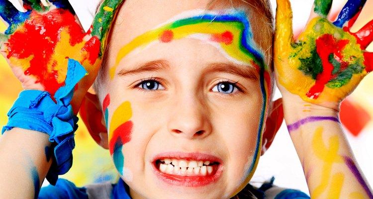 Tinta guache é um presente clássico para qualquer criança