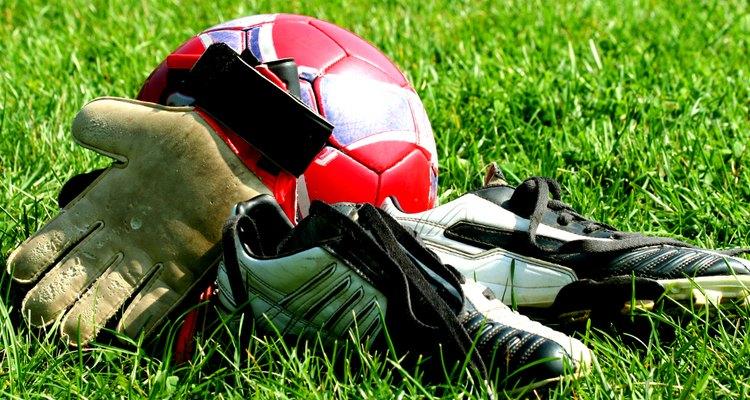Existem diversos tipos de equipamentos e presentes que podem ser comprados para jogadores ou tocerdores
